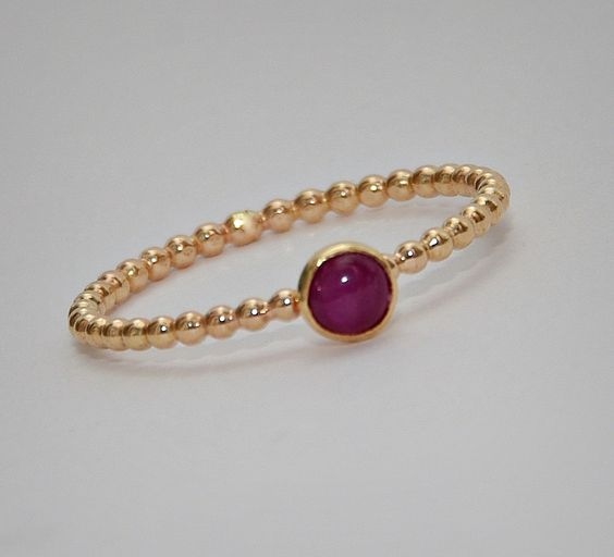 Gold bangle with unique designs8