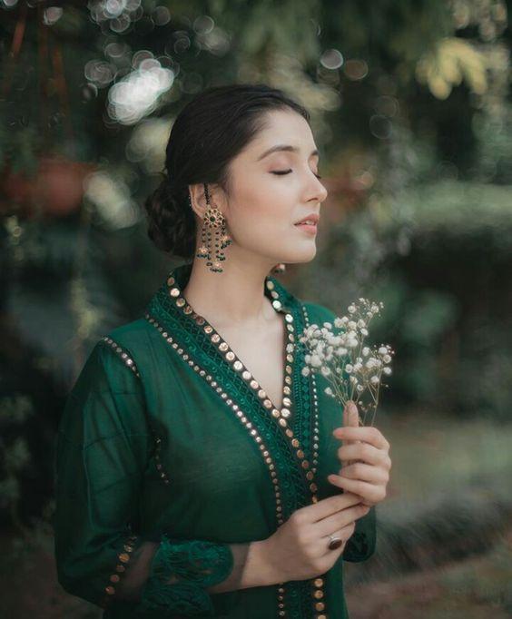 model green color kurti design