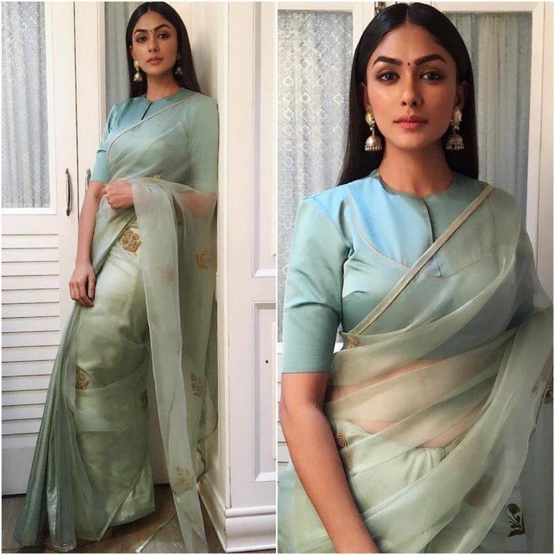 Latest bollywood designer sarees for elegant look 9