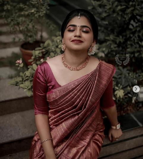 Latest bridal blouse designs for pattu or silk sarees 6