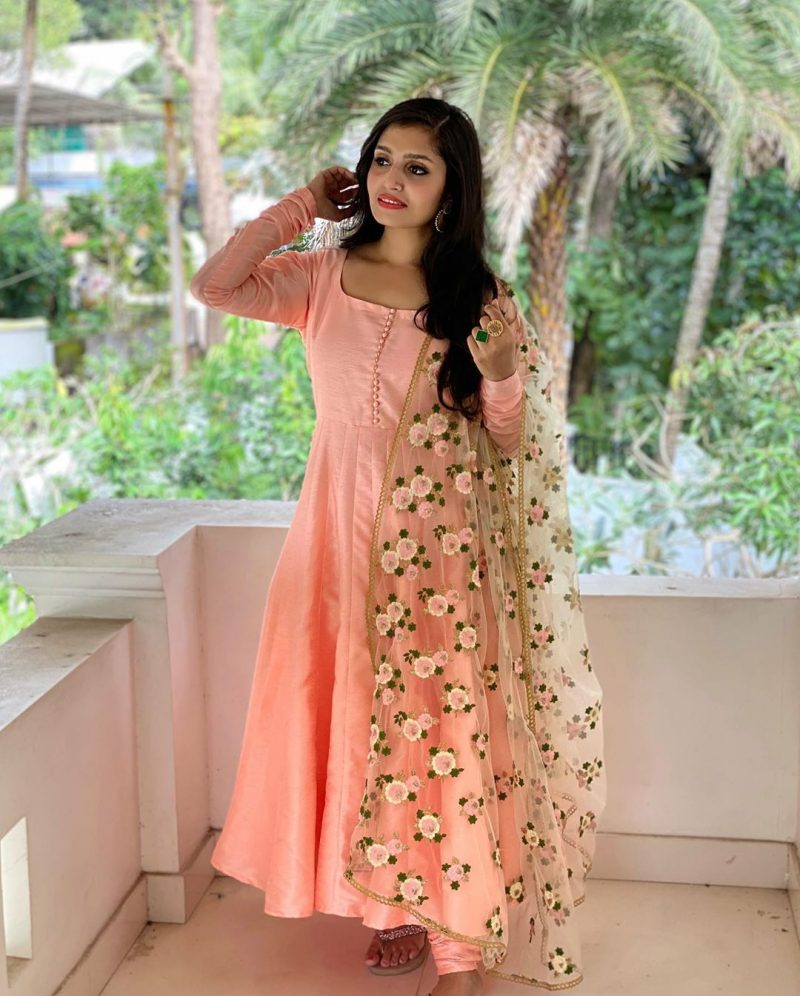 Prettiest anarkalis and gowns 3