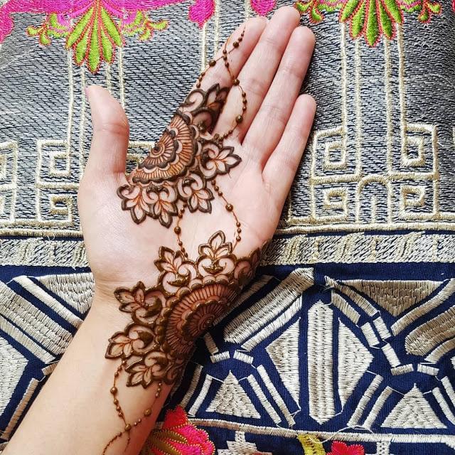 Simple arabic mehndi designs 16