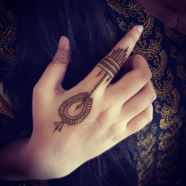 Simple arabic mehndi designs 20