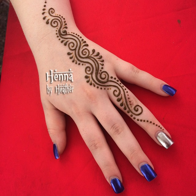 Simple arabic mehndi designs 22
