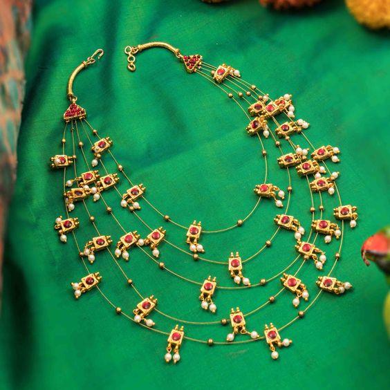 beautiful layered necklace design