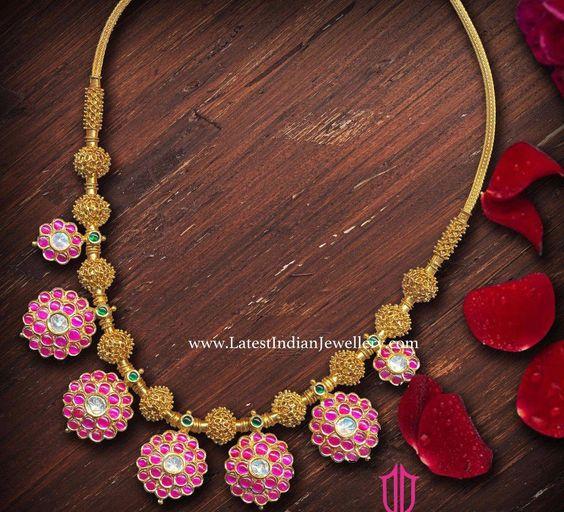 beautiful necklace design