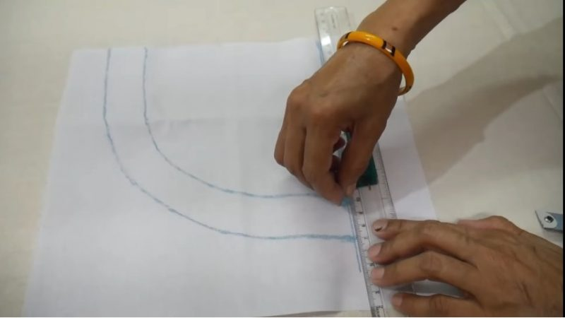 drawing neck lines using chalk1