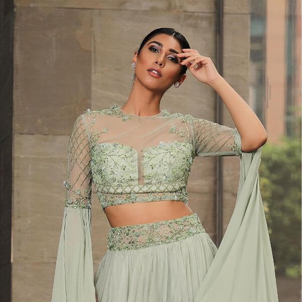 front net blouse designs for saree and lehenga 3