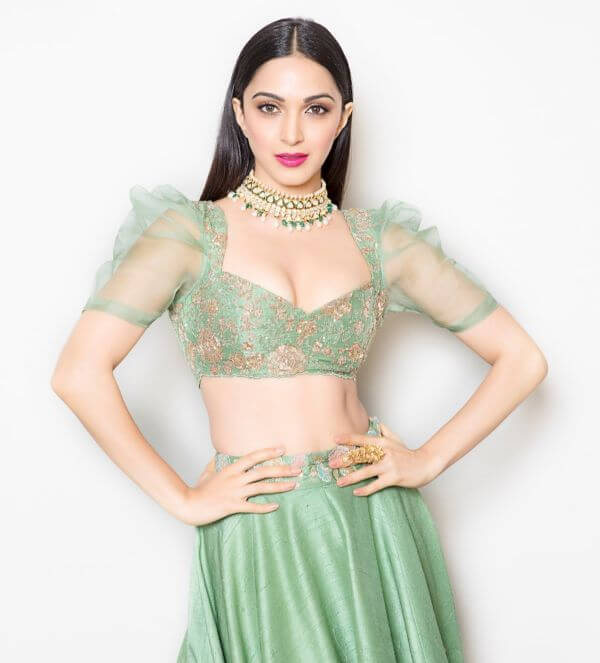 front net blouse designs for saree and lehenga 5