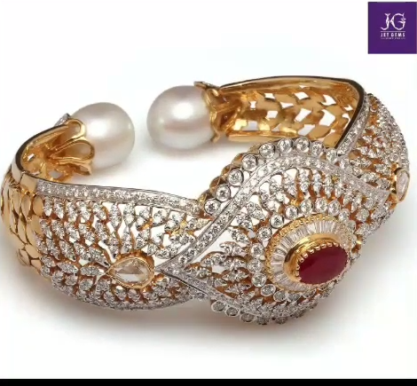 Gold Stone Bridal Bangle Designs12