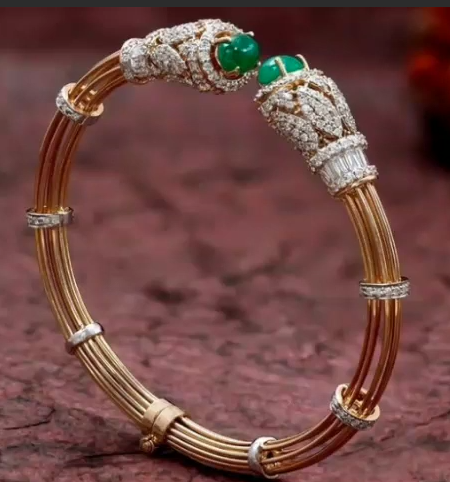 Gold Stone Bridal Bangle Designs4