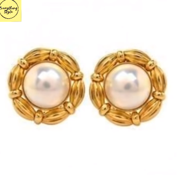Gorgeous and Light Weight Gold Stud and Gold Earrings5