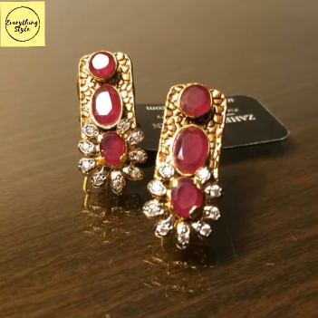 Gorgeous and Light Weight Gold Stud and Gold Earrings8