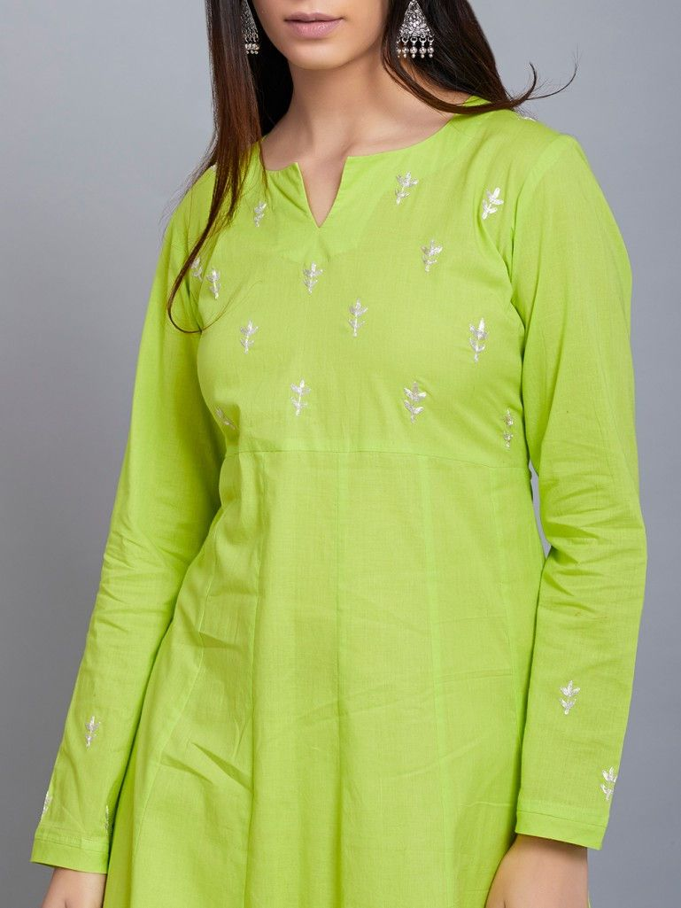 Kurti Neck Designs for a tylish Look1