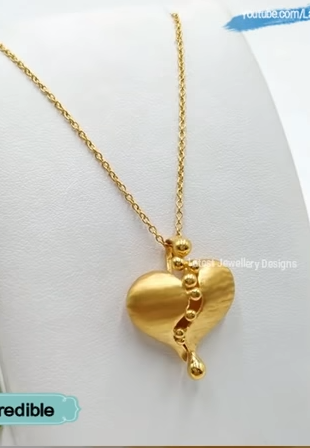 Light Weight Gold Chain Designs13