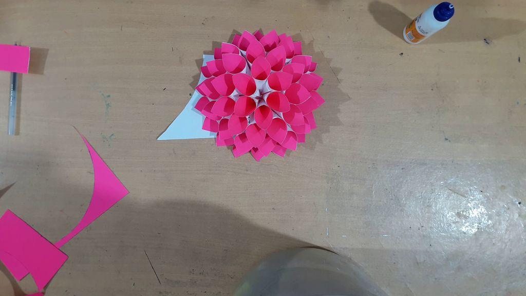 making pink color flower