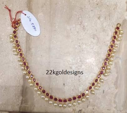 simple golden necklace4