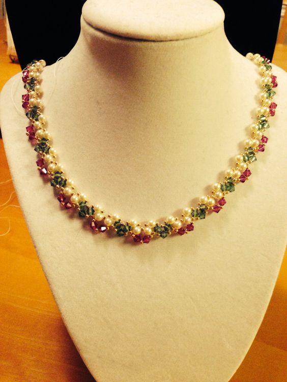 simple golden necklace5