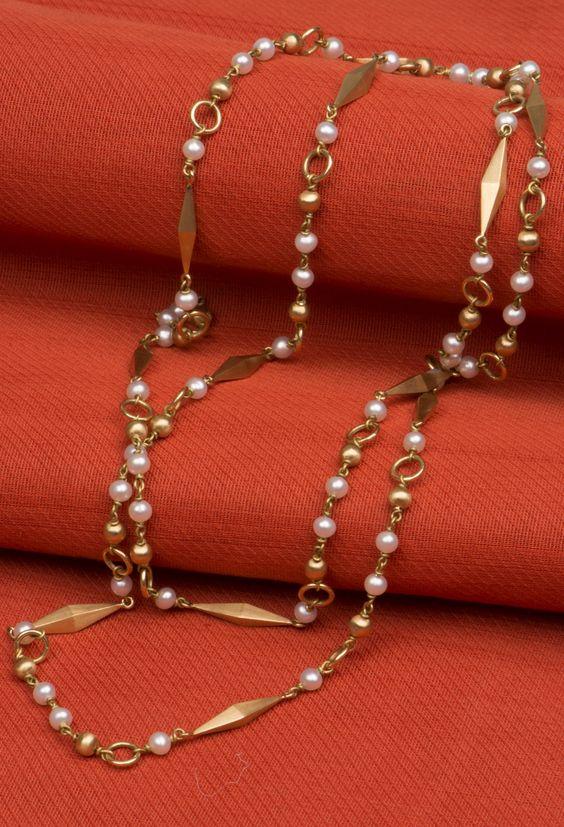 simple golden necklace1