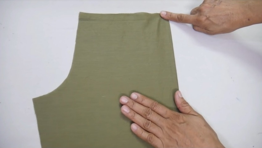 attaching the design with the churidar cloth1