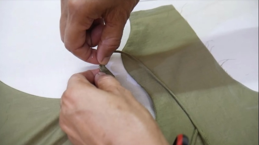 attaching thread to the neck