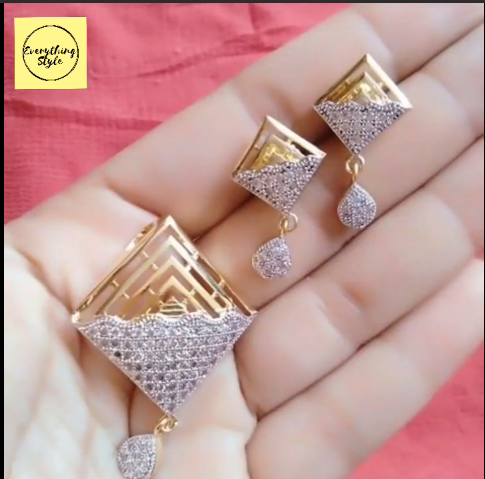 Beautiful Gold Stud and Earring Designs2