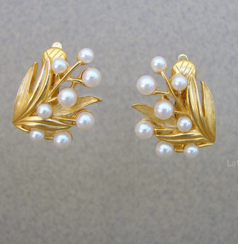 Designer Pearl Earring and Pendant Sets18