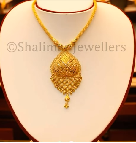 Gold Pendant Designs with Long and Short Chains6