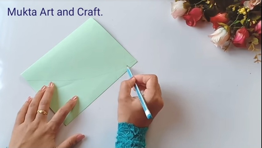 take a chart paper to make the card
