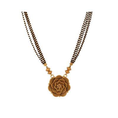 Latest Beautiful Gold Long Mangalsutra Designs16