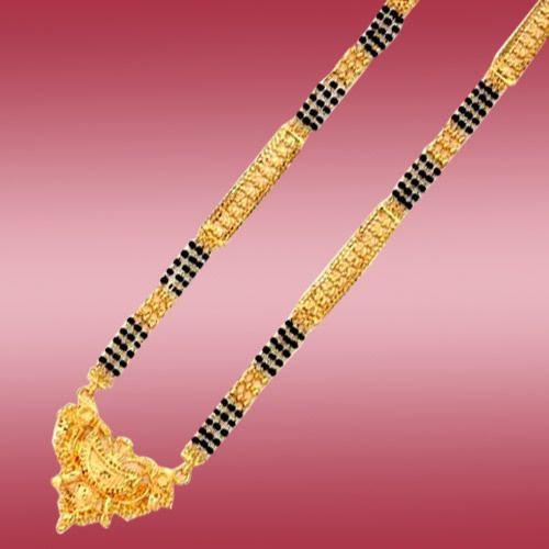 Latest Beautiful Gold Long Mangalsutra Designs19