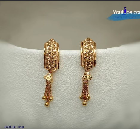 Latest Daily Wear Gold Earring Designs22