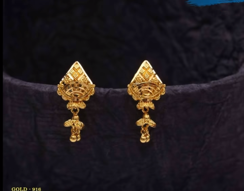 Latest Daily Wear Gold Earring Designs3