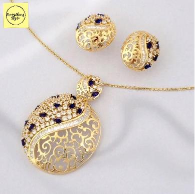 Latest Daily Wear Gold Stud Earring Designs5