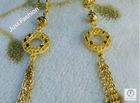 Latest Designer Gold Earrings Designs18