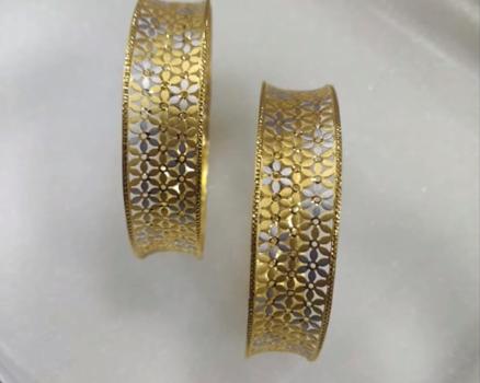 Latest Gold Bangle Designs14