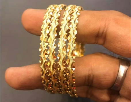 Latest Gold Bangle Designs8
