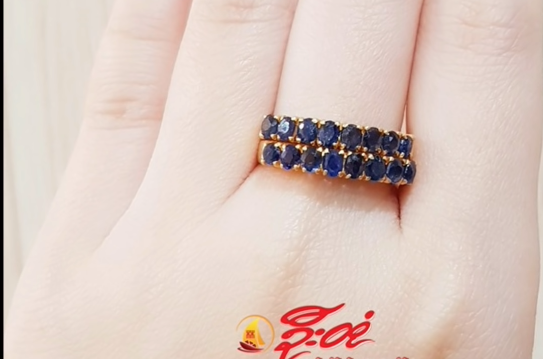 blue stone ring design