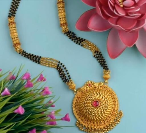 Latest Long Gold Mangalsutra Designs10