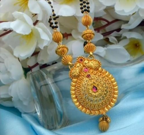 Latest Long Gold Mangalsutra Designs13