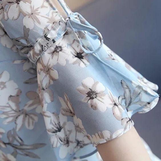 floral printed bell sleeve