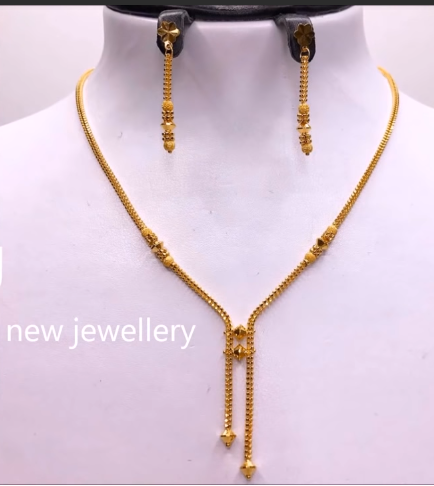 Light Weight Gold Necklace Sets16