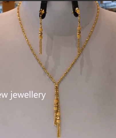 Light Weight Gold Necklace Sets17