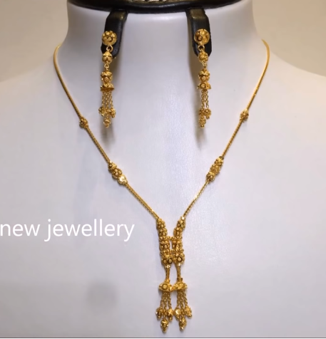 Light Weight Gold Necklace Sets20