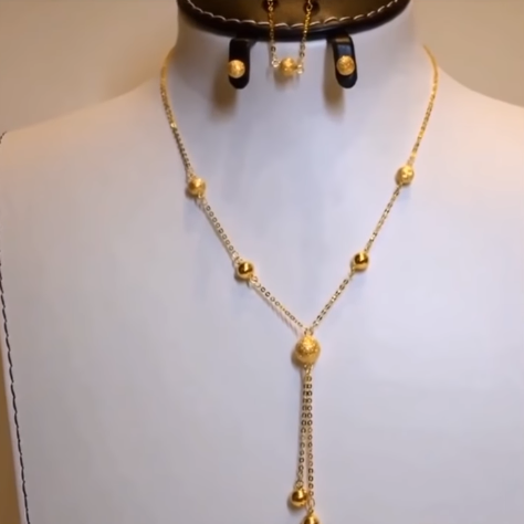Light Weight Gold Necklace Sets3
