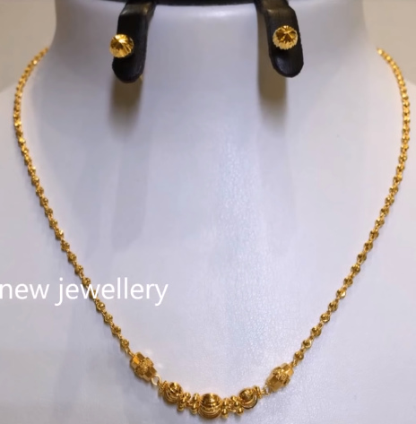 Light Weight Gold Necklace Sets8