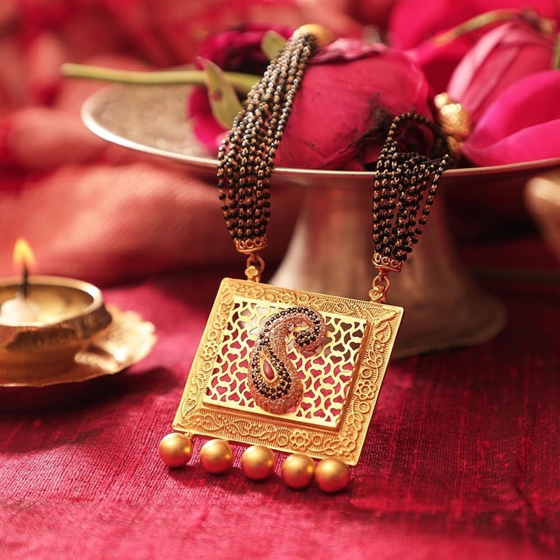 Mangalsutra Designs for the New Age Bride1