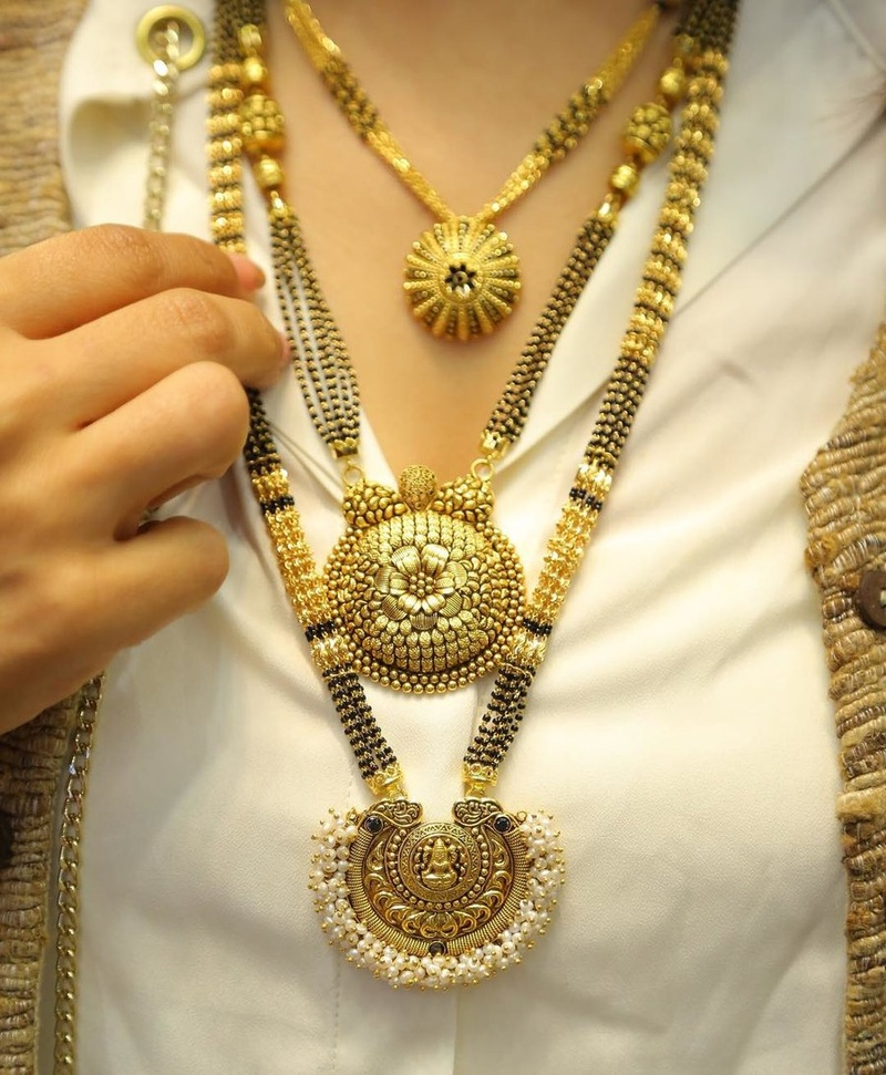 Mangalsutra Designs for the New Age Bride5