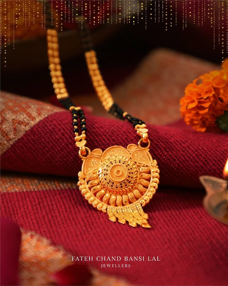 Mangalsutra Designs for the New Age Bride6