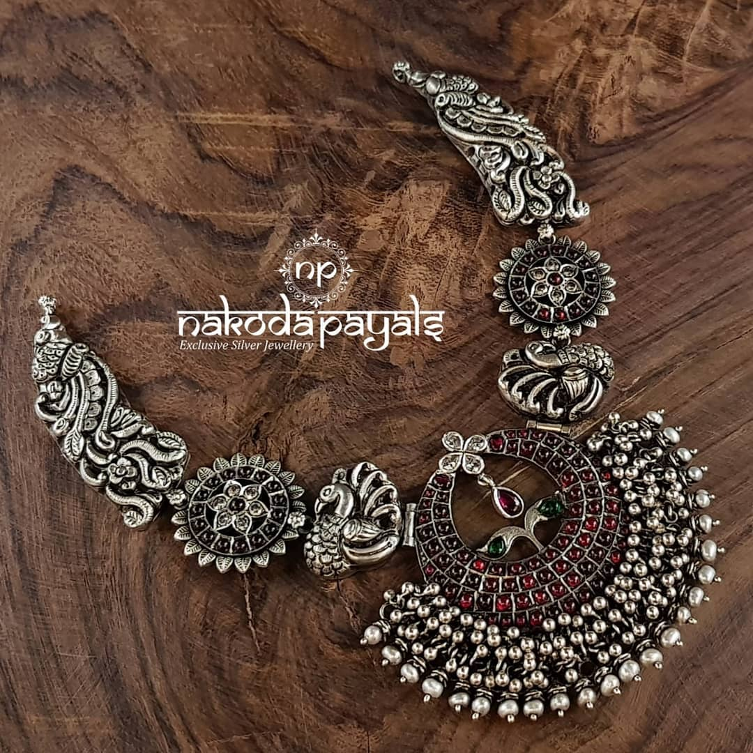 Mind Blowing Pure Silver Necklace Designs15